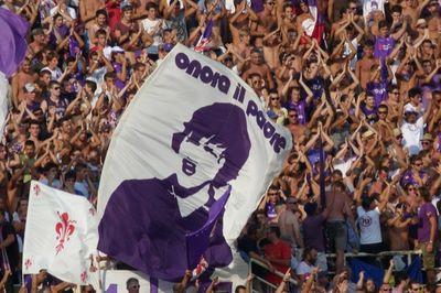 ultras fiorentina bandiera onora il padre
