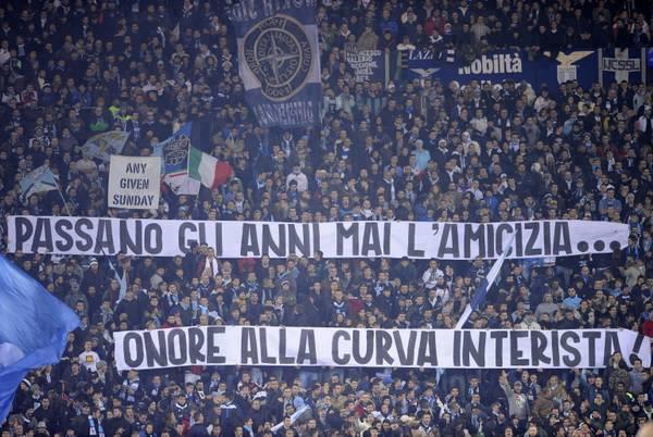 Popolare Striscioni amicizia ultras Lazio ed Inter | Football a 45 giri JH75