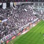 Musica e calcio allo Juventus Stadium con Thunderstruck degli AC/DC