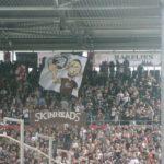 ST.Pauli: striscione skinheads
