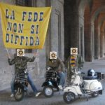 Parma: vespisti crociati